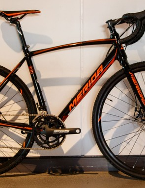 It's mostly just new colours for the Cyclo Cross alloy range. Pictured: 2016 Cyclo Cross 300