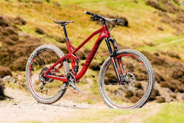 Canyon's Spectral AL 8.0 EX, in a fetching red paint job