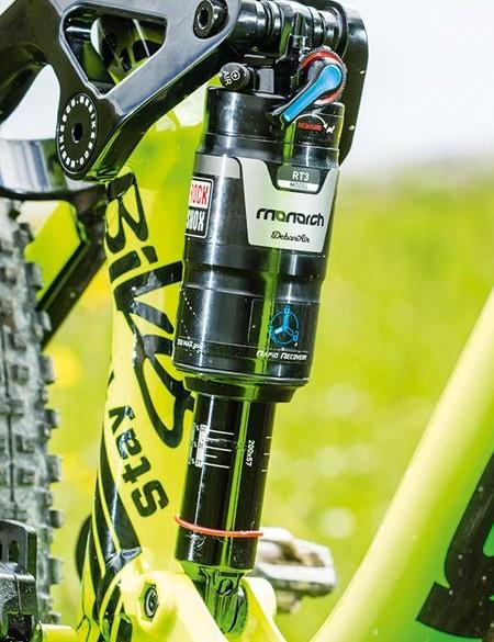 RockShox Monarch shock controls a progressive 142mm of rear travel