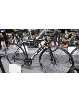 The top Cayo Disc model is this $3,700 Ultegra-equipped version