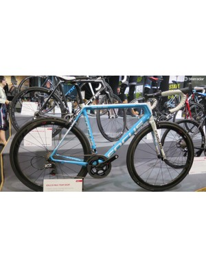 The Zipp 303/SRAM Red-equipped Izalco Max AG2R team replica will not be available in the US