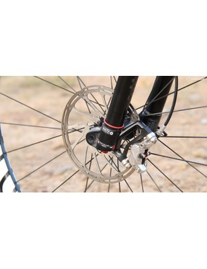A 180mm front rotor and SRAM's four-piston Guide RSC brakes provided ample stopping power