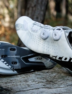 Brand new for 2016, the RC is Scott's top-end road shoe
