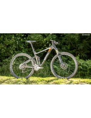 BMC's Speedfox 02 SLX-XT is a no-nonsense riding experience