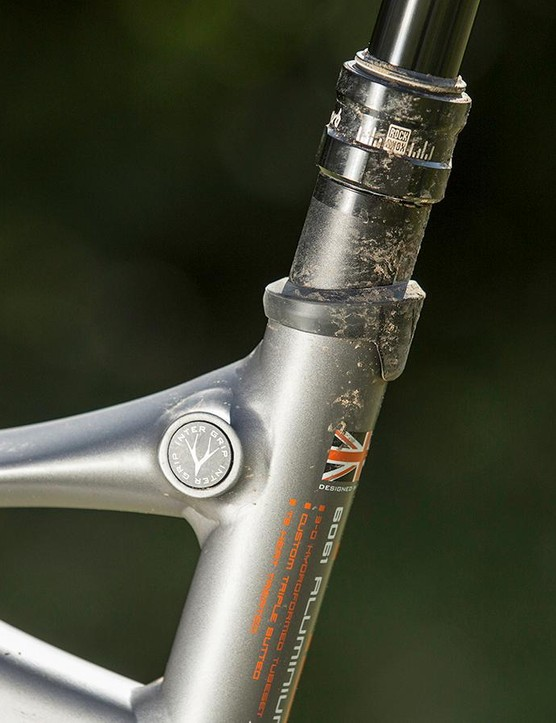 A wipe-clean Whyte saddle tops the RockShox Reverb Stealth seatpost