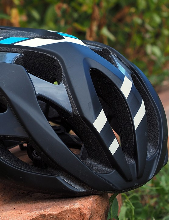 You may only think of Giant as a complete bicycle company but it's also doing an impressive range of helmets