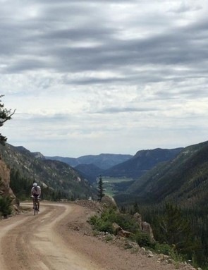 Old Fall River Road climbs from 8,600 to 11,796ft, all on dirt