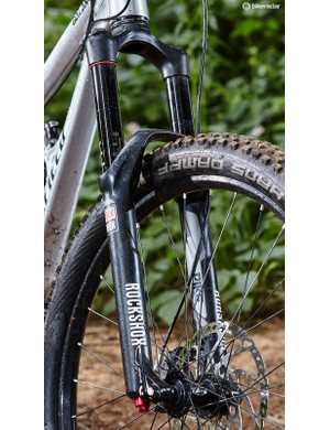 Up front, a RockShox Pike RCT3 Solo Air fork was as reliable a partner as ever