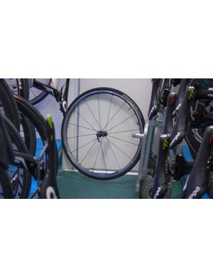 This Ultegra training clincher looked a little lonely