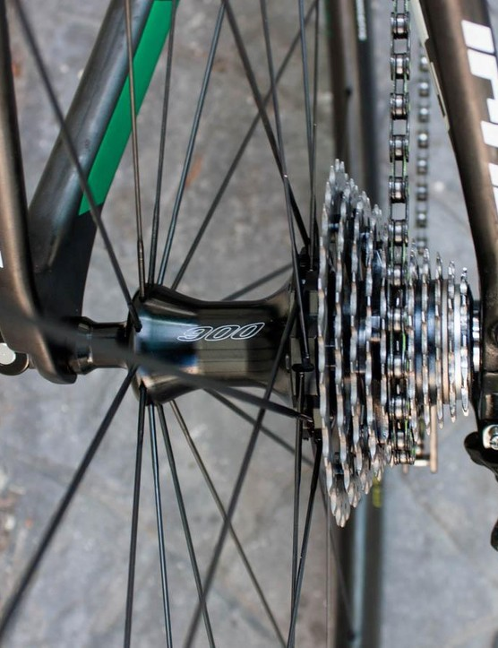 Oval 900 rear hub, and a Dura-Ace 11-28 cassette - the closest thing to a bailout gear a pro needs