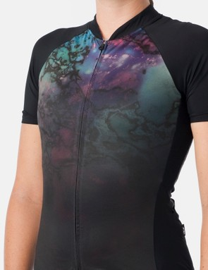About 30 or 40% of Giro staff are women, including many of the design staffers. This is one of the Chrono Pro jerseys