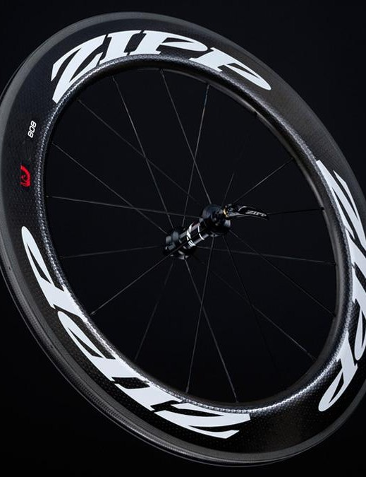 808s are super deep at 82mm and seriously wide at 27.5mm, the clinchers are priced at £1920/$2400