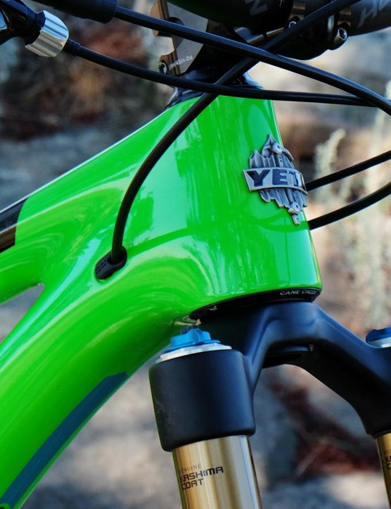 The SB4.5c has internal cable routing