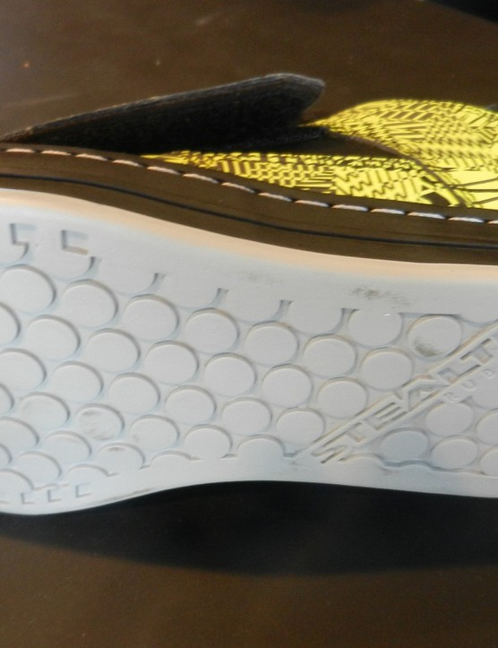 The Steath Ph dotty rubber sole and stiffer midsole (than the standard Freerider) should help with grip and pedalling efficiency respectively