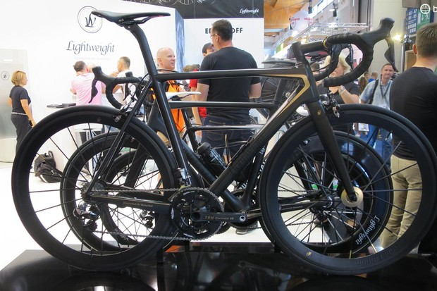 Lightweight's super limited Urgestalt 24, specced with some of its 2016 kit (and a terrifying price tag)