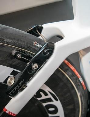 The brakes are the same as the Nitrogen aero road bike