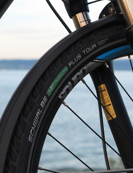 Schwalbe builds these tires specifically for e-bikes, featuring an ultra-low rolling resistance that helps maximize battery range