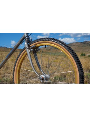 The unicrown fork features a sleeved construction that boosted strength without requiring bigger (and rougher riding) large-diameter blades throughout