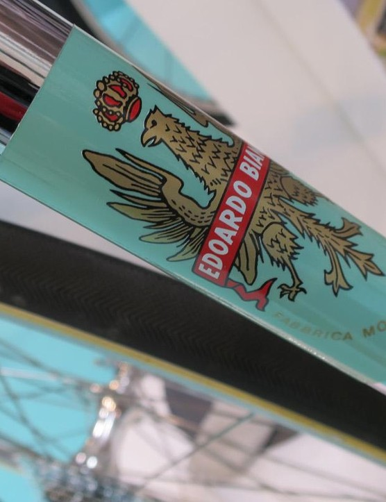 Bianchi even recreasted period transfers for the bike