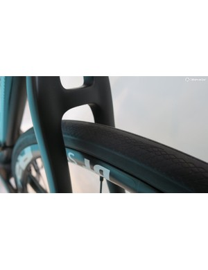 The Intenso frameset features decent tyre clearances
