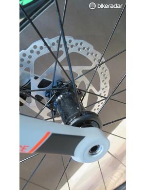 A closer look at the disc Attain's thru-axles