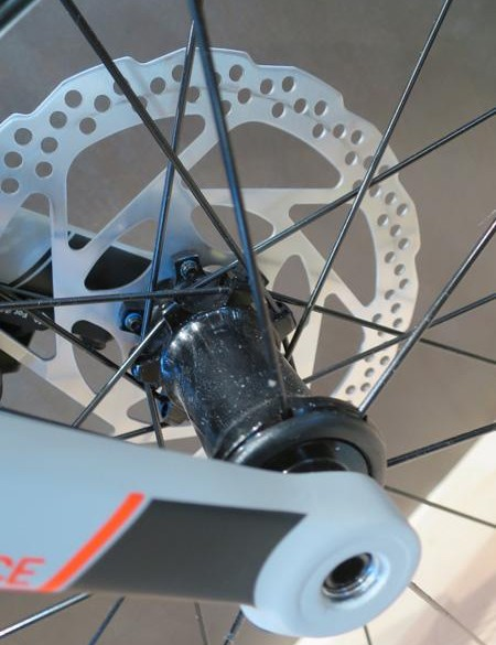 A closer look at the disc Attain's thru-axles