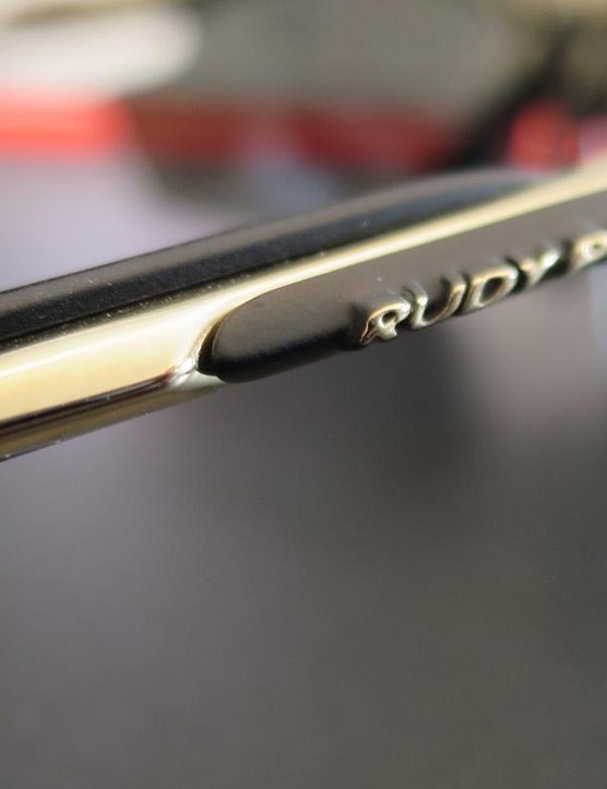 Even the alloy arm pieces are finished in a mirror polished gold coating