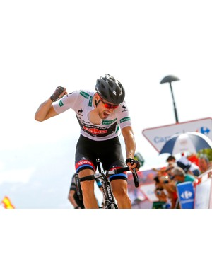 Dumoulin won stage 9 to take the race lead for the first time