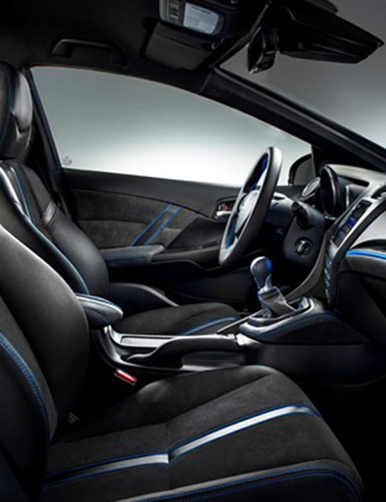 The front interior of Honda's Civic Tourer Active Life concept