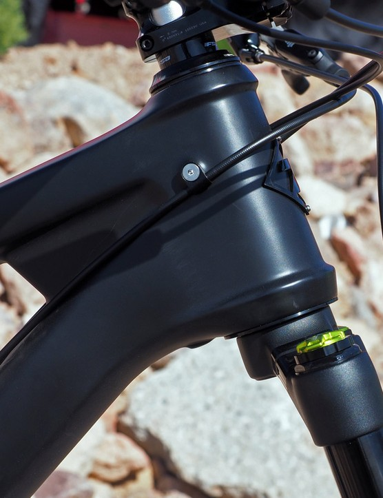 The massive 49/62mm tapered head tube leaves plenty of room for an angle-adjustable headset. Head tube angle can be set as slack as 64.5 degrees