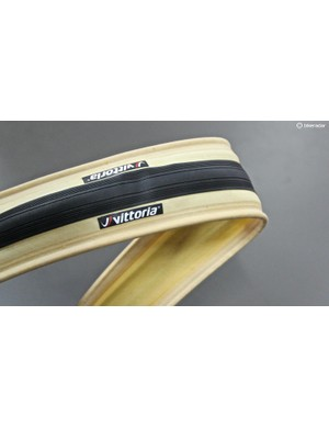 The new Vittoria Corsa Speed promises the flat protection of road tubeless with the soft, supple ride of a cotton casing