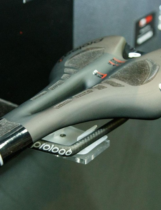 For 2016, certain saddle models see Prologo combine its CPC gripper technology with its 'PAS' channel relieving technology