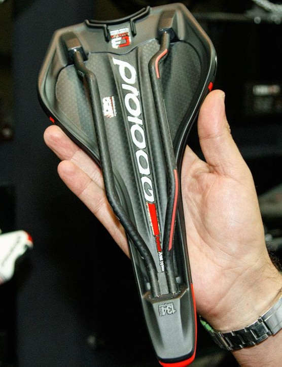 A look at Prologo's new C3 'carbon composite compound' carbon base is claimed to be both light and without sagging under pressure