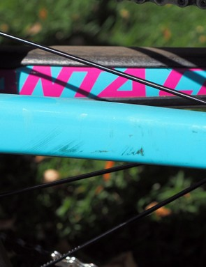 With a clear vinyl protection kit, scuffs like this only affect the decal, not the frame itself