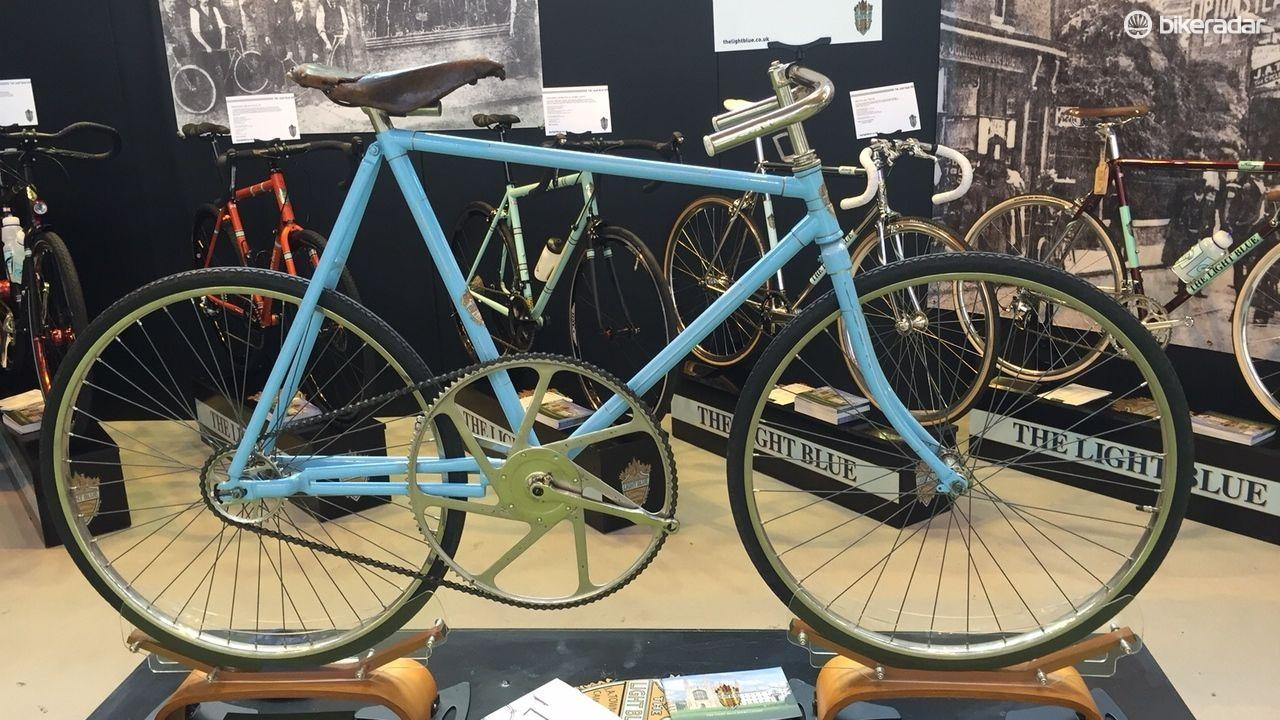 100 teeth, more than 100 years of history – the JA Townsend 'Original' Light Blue
