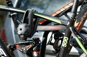 Large tube clamps are used to hold the bikes upright, but the weight is supported at the wheels