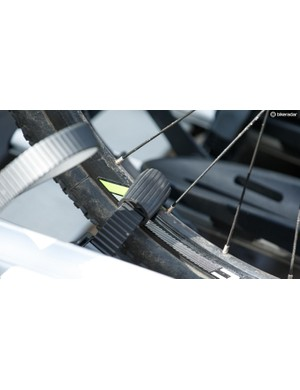 Long wheel fixing straps feature rubber pads to prevent unwanted rim rub