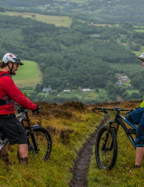Chris and Seb discuss the pros and cons of subtle geometry changes, and try to locate the positives of a Welsh summer
