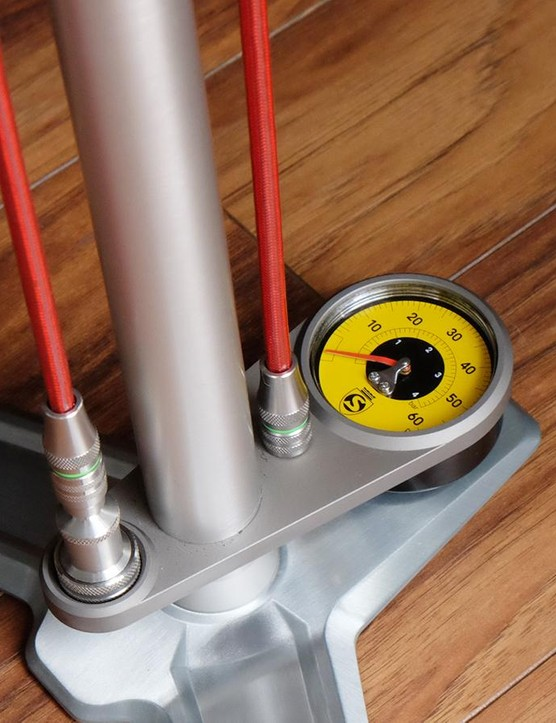 Silca has a new low-pressure gauge available for its lustworthy SuperPista Ultimate floor pump