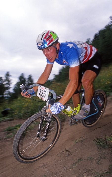 John Tomac racing the 1990 World Champion MTB downhill event