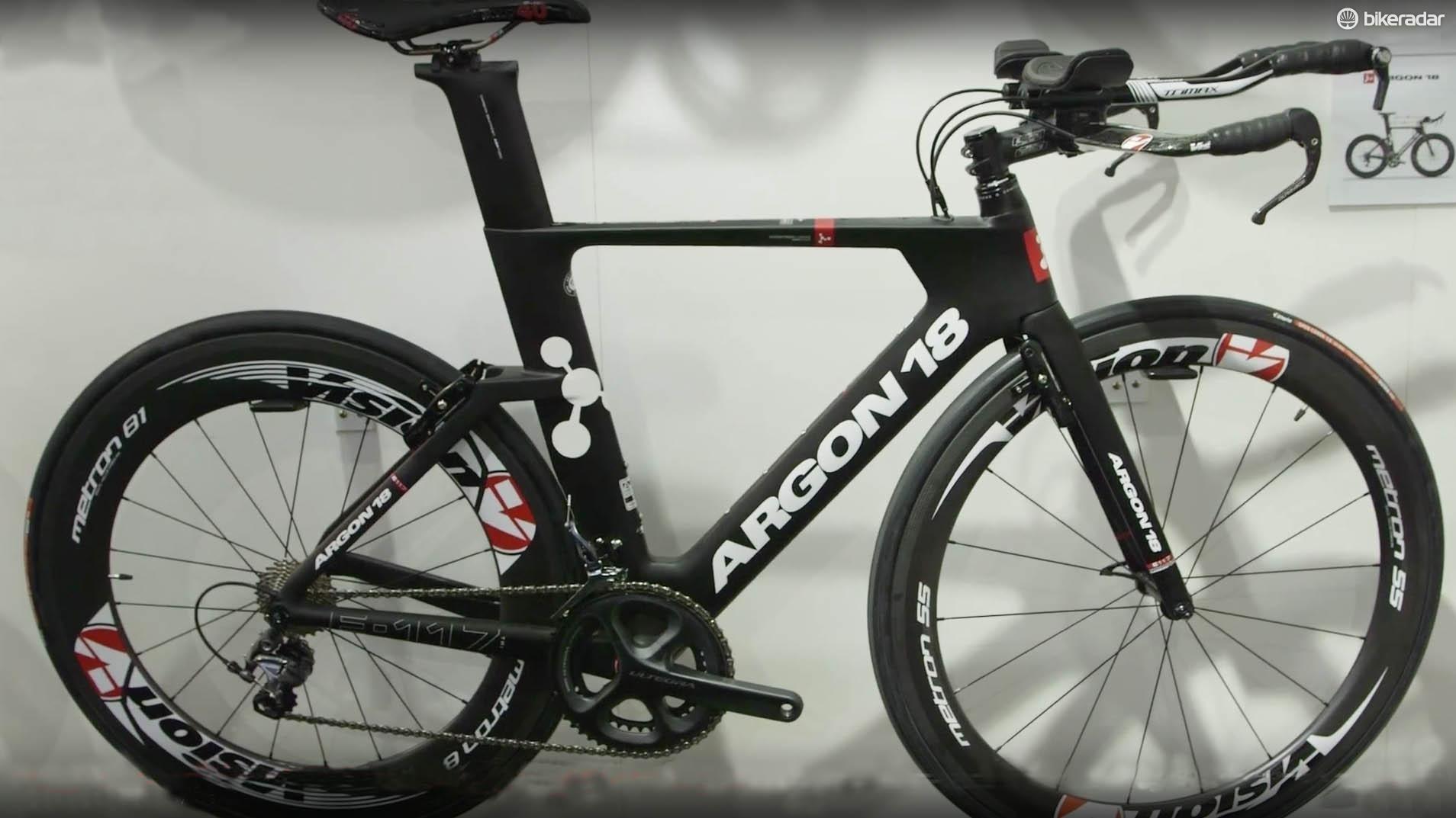The Argon 18 E119 Tri is the top-of-the-range bike in the brand's new triathlon range