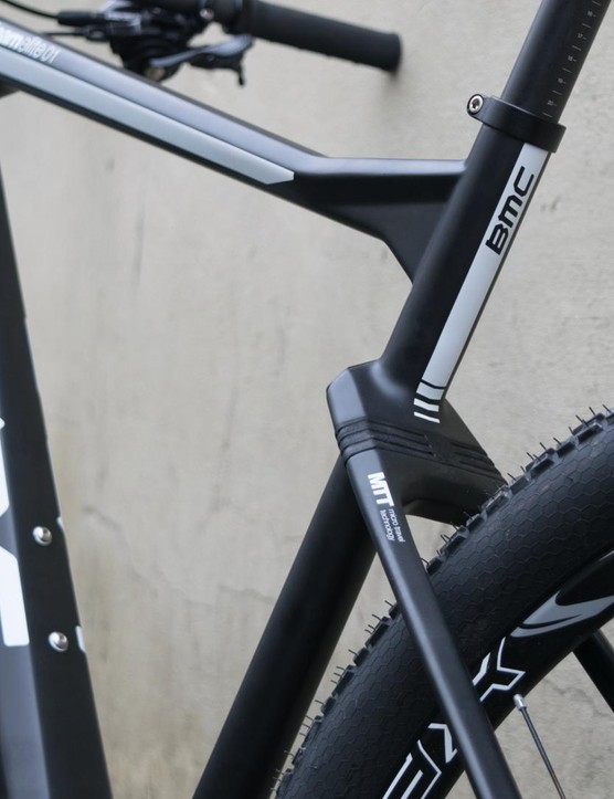 BMC's elastomer-equipped Teamelite TE01 marks the return of the softtail