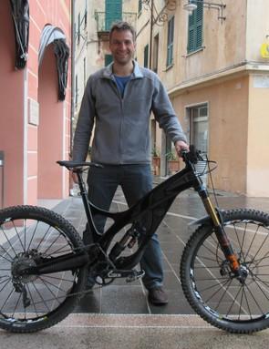 Robert Barr, designer of the Arbr Saker. He doesn't always rhyme, but he thinks his bike's sublime