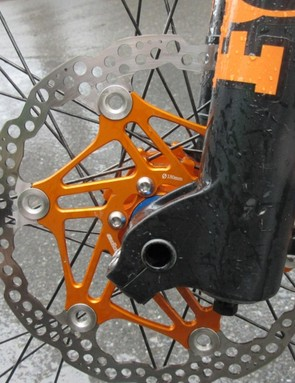 A new design for Hope's floating rotor uses a spiral design and bigger rivets for greater stiffness