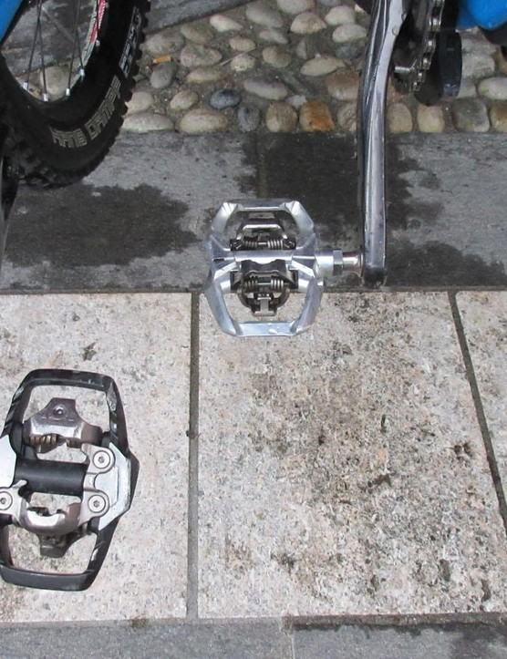 Nico Lau's prototype Shimano trail pedal (right)