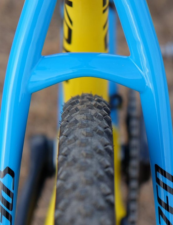There's plenty of clearance for mud, or for wider rubber, on the CruX Elite X1