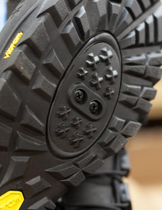 A removable cleat plug on the Wölvehammer boot makes it easy to convert from clips to flats