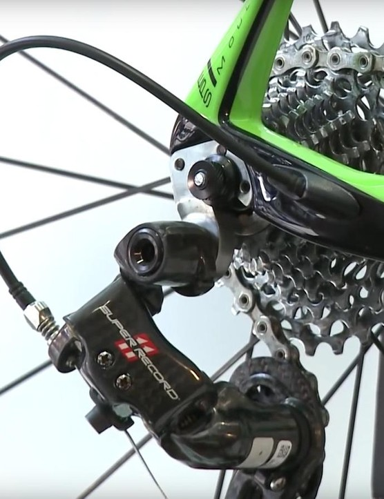 The 11-25T Campagnolo cassette seems tall given the attempt at hand, but Blewett and the team are well accomplished riders