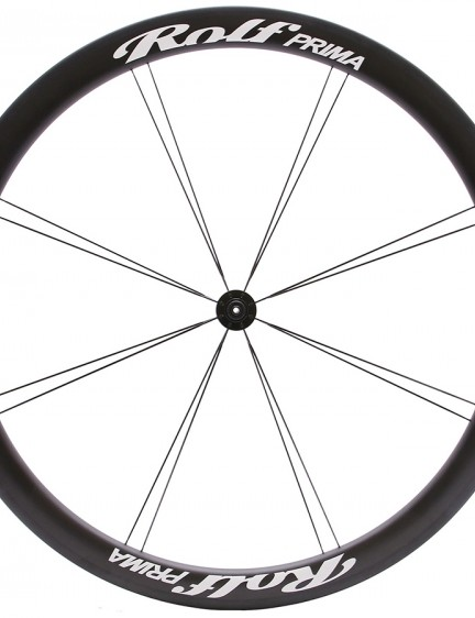 The front wheel has just 16 Sapim CX-Speed bladed spokes…