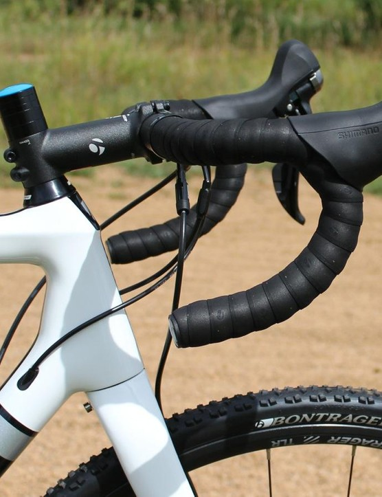 Shimano 105 hydraulic levers have slightly longer hoods than their mechanical counterparts